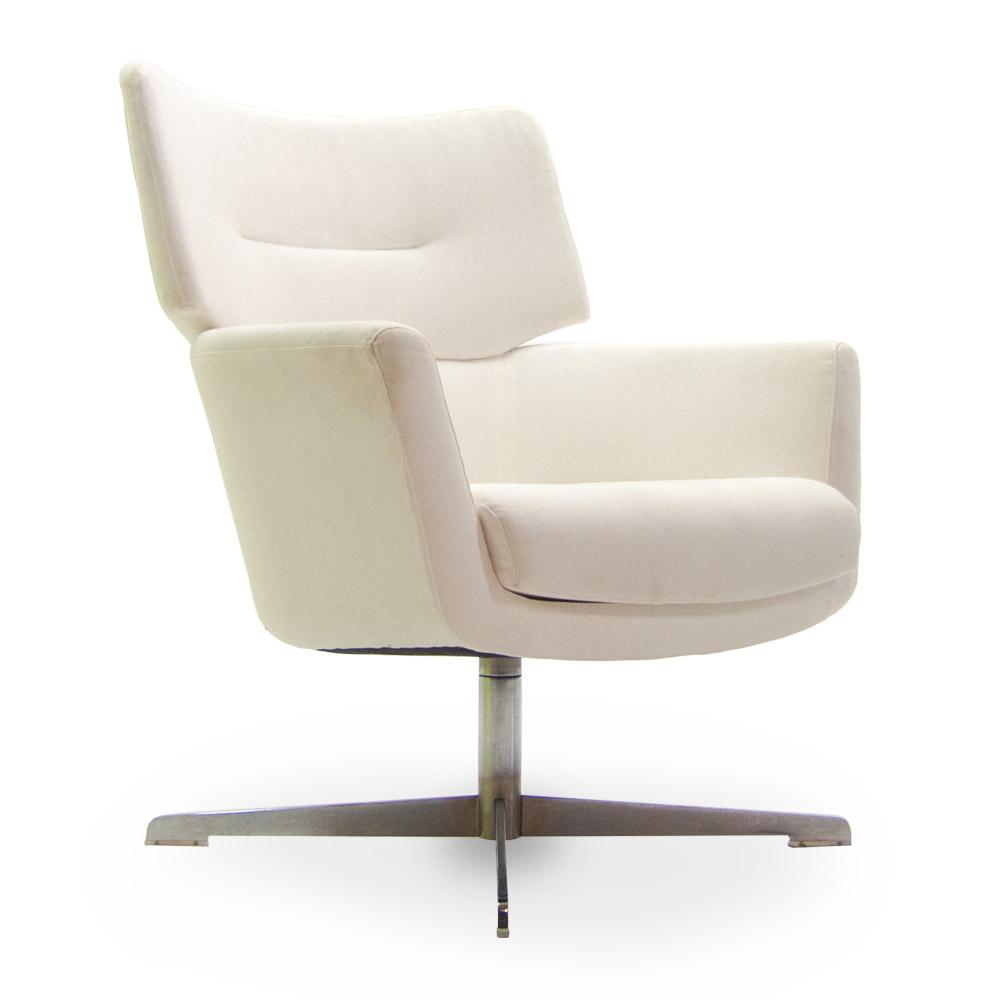 Gebruikte gestoffeerde fauteuil  Officetopper nieuw en gebruikt kantoormeubilair - Bestel Snel en Voordelig online!