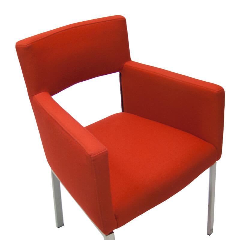 86004-Tweedehands-fauteuil-foucalt-floor-rood