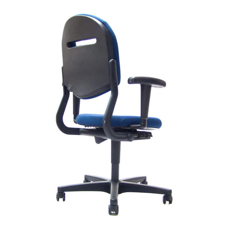 Officetopper tweedehands ahrend 220 bureaustoelen met blauwe stoffering