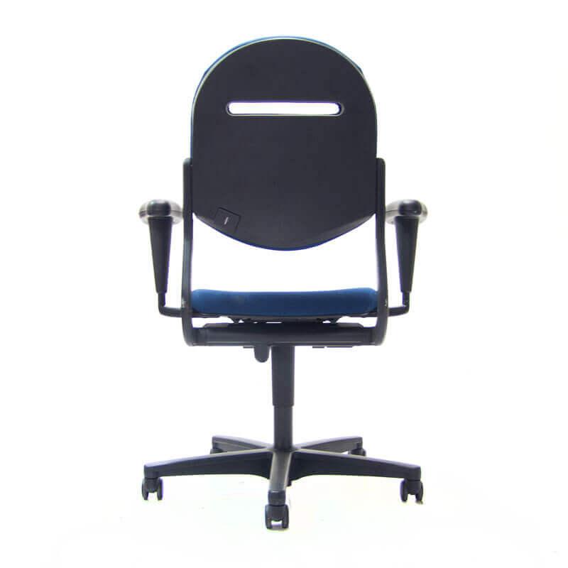 Blauwe ahrend 220 bureaustoel blauw gestoffeerd officetopper