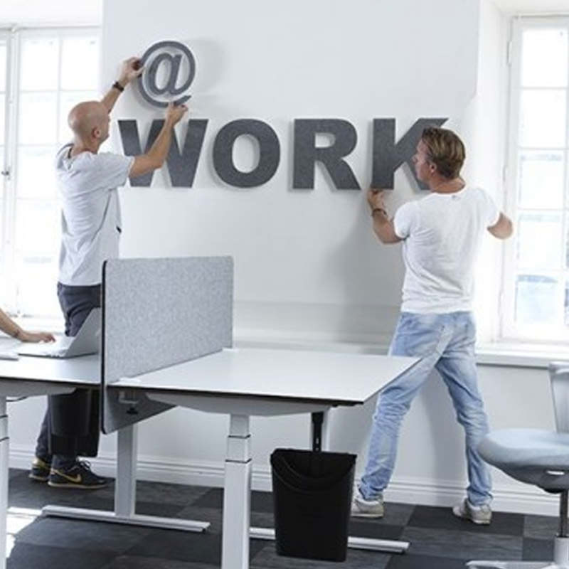 Akoestiek letters aan de muur ophangen Officetopper
