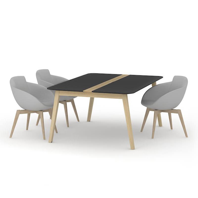 Vergadertafel met houten poten
